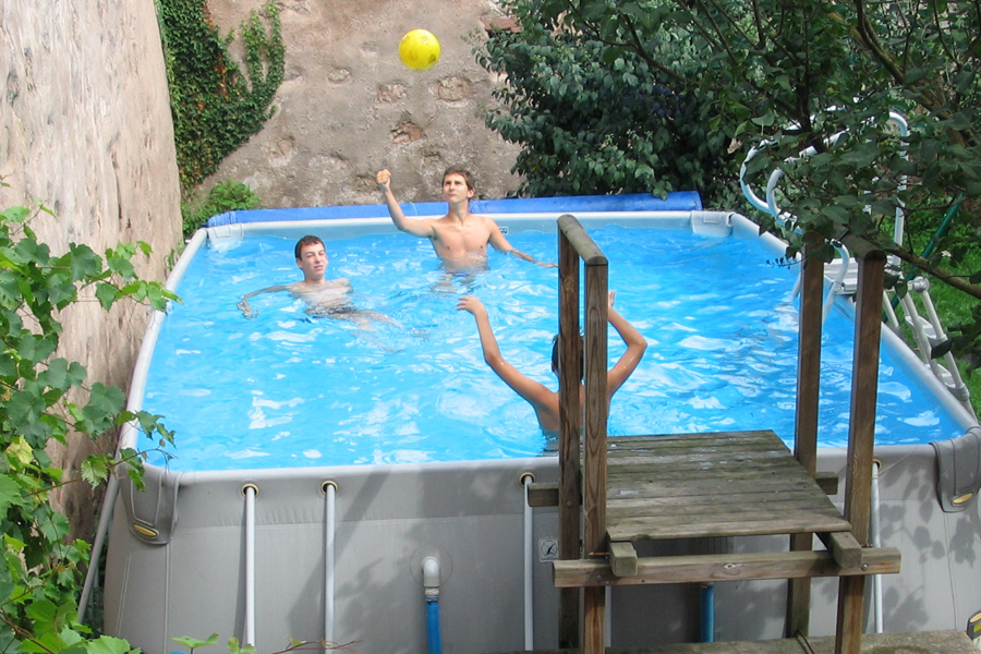Piscine kaysersberg g te kintzheim 67600 locations des for Piscine kaysersberg
